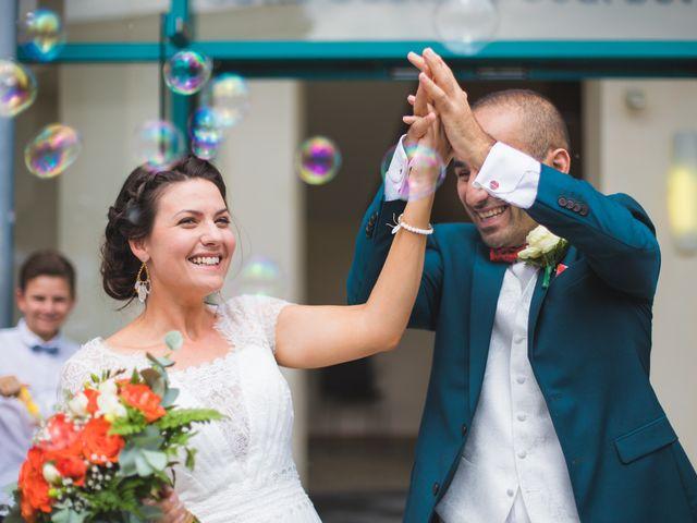 Le mariage de Kamel et Mathile à Amondans, Doubs 10