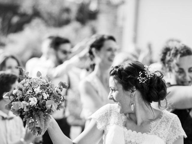 Le mariage de Kamel et Mathile à Amondans, Doubs 32