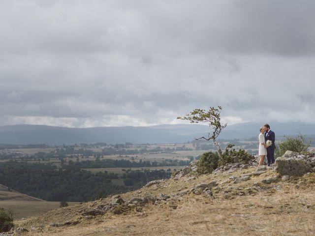 Le mariage de Pierre et Alexia à Mauriac, Cantal 13