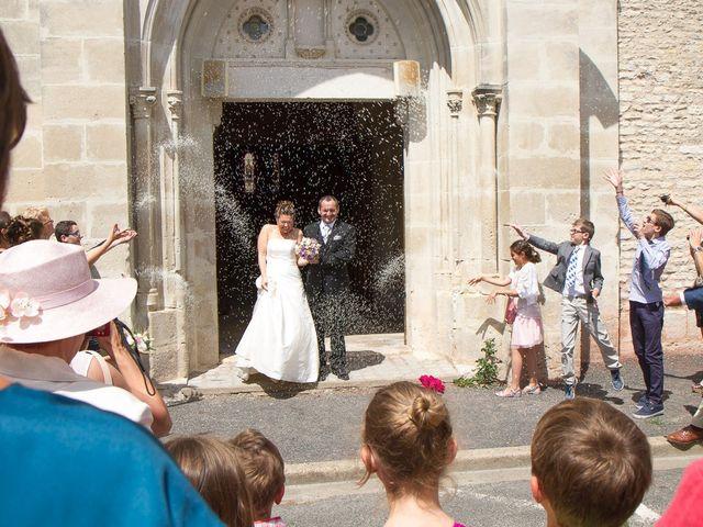 Le mariage de Fabrice et Peggy à Neuville-De-Poitou, Vienne 9