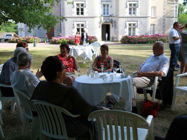 Le mariage de Fabrice et Peggy à Neuville-De-Poitou, Vienne 26