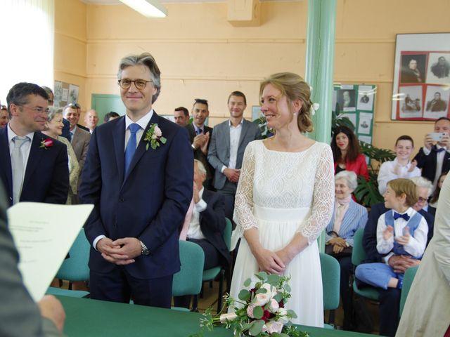 Le mariage de Loîck et Oriane à Rouge-Perriers, Eure 8