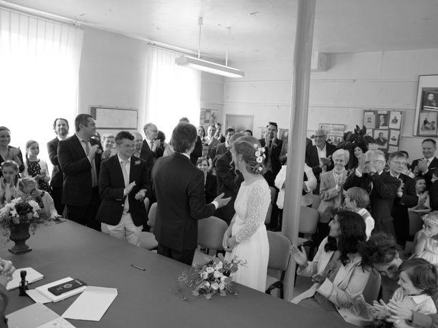 Le mariage de Loîck et Oriane à Rouge-Perriers, Eure 11