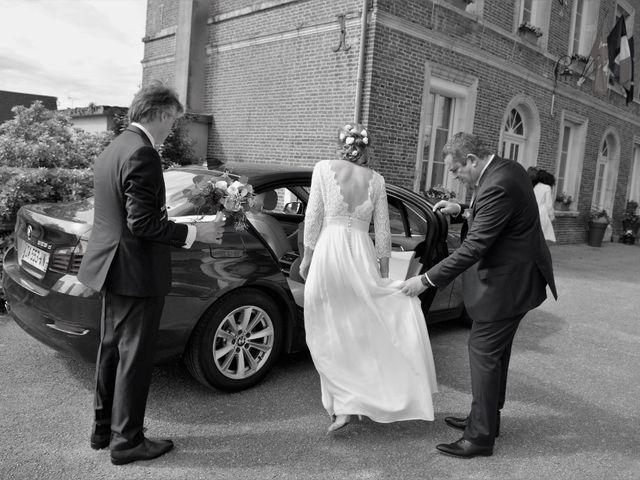 Le mariage de Loîck et Oriane à Rouge-Perriers, Eure 16