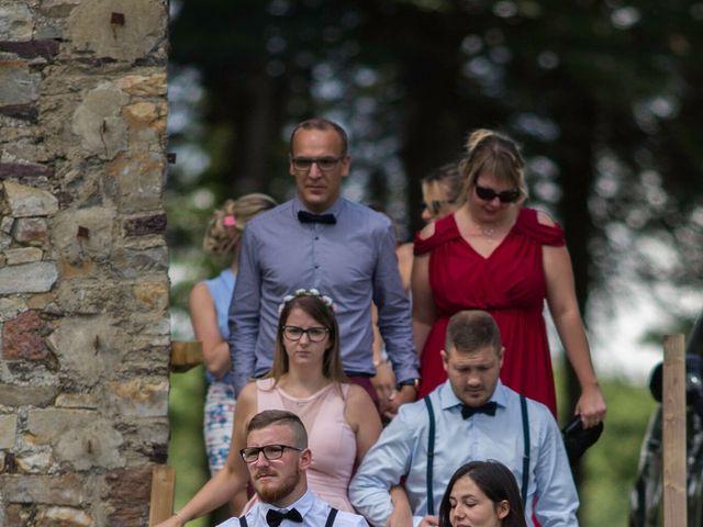 Le mariage de Mickaël et Noémie à Maxent, Ille et Vilaine 10