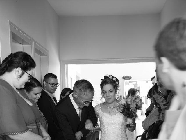Le mariage de Armaury et Elodie à Jallans, Eure-et-Loir 24