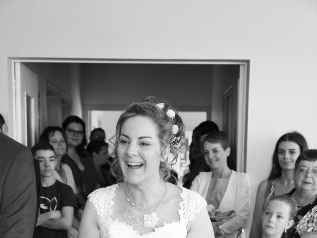 Le mariage de Armaury et Elodie à Jallans, Eure-et-Loir 27