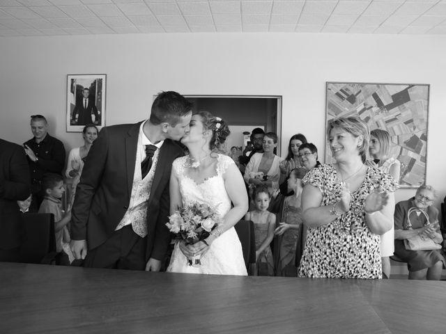 Le mariage de Armaury et Elodie à Jallans, Eure-et-Loir 28