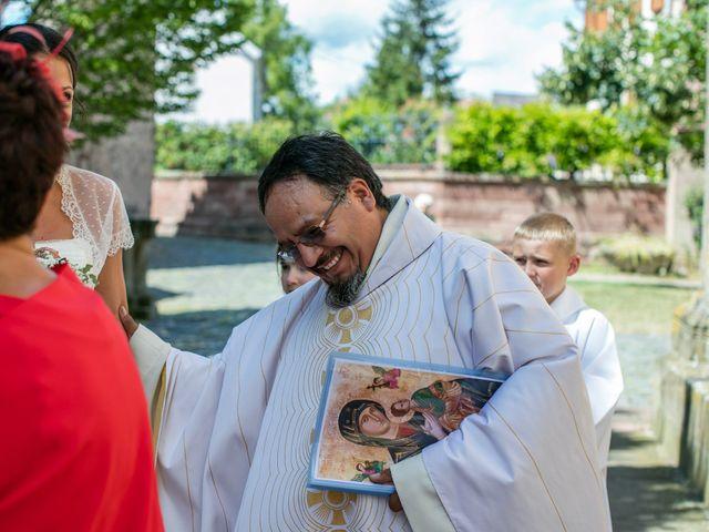 Le mariage de Jean-Baptiste et Perrine à Fessenheim-le-Bas, Bas Rhin 21