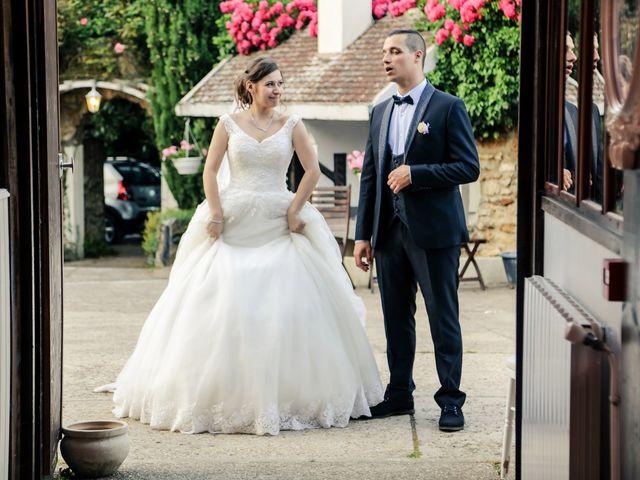Le mariage de Xavier et Cassandra à Herblay, Val-d'Oise 225