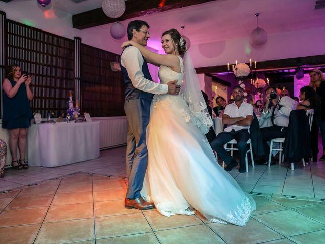 Le mariage de Xavier et Cassandra à Herblay, Val-d'Oise 243