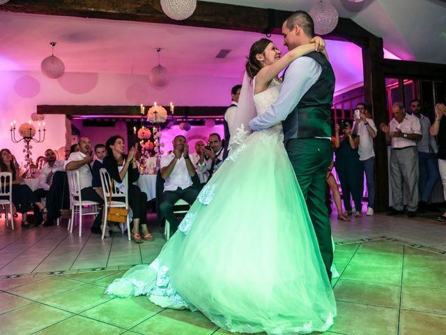 Le mariage de Xavier et Cassandra à Herblay, Val-d'Oise 244