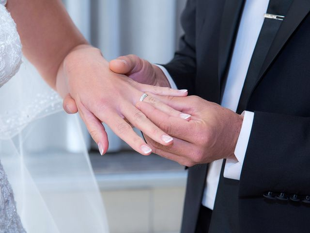 Le mariage de Sébastien et Christelle à Allauch, Bouches-du-Rhône 9
