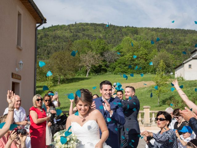 Le mariage de Boris et Emmanuelle à Roissard, Isère 17