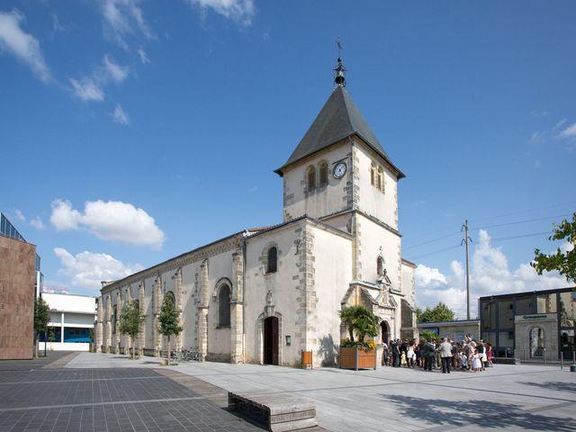 Le mariage de Xavier et Emilie à Saint-Aubin-de-Médoc, Gironde 36