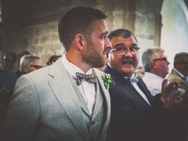 Le mariage de Vincent et Jessica à Grambois, Vaucluse 9