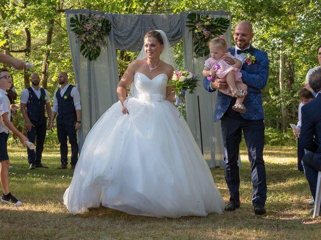 Le mariage de Jeason et Camille à Atur, Dordogne 26