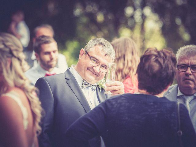 Le mariage de Vincent et Jessica à Grambois, Vaucluse 22