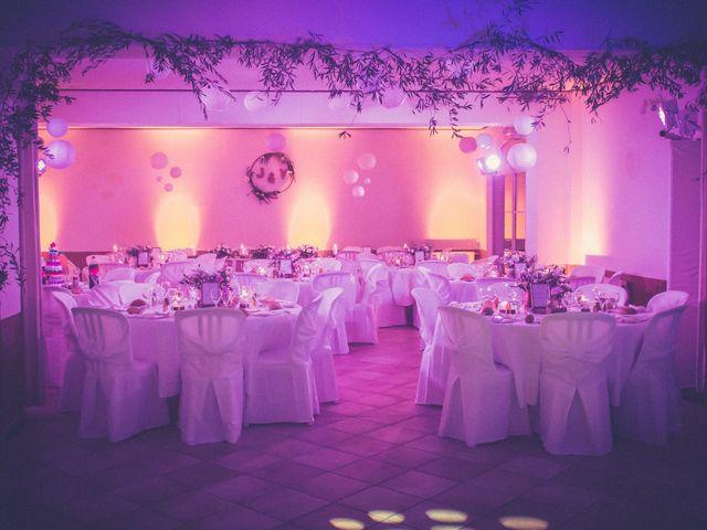 Le mariage de Vincent et Jessica à Grambois, Vaucluse 23