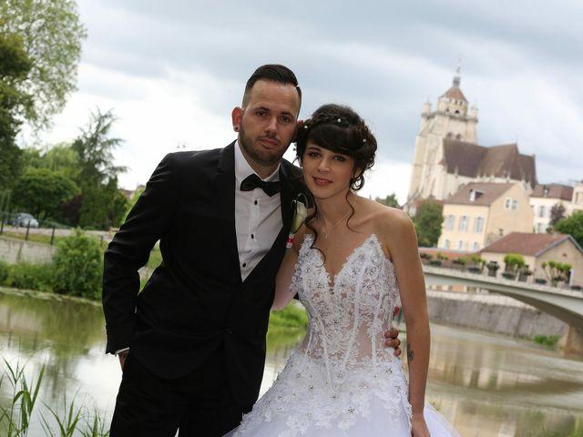Le mariage de Benjamin et Charlène  à Dole, Jura 12