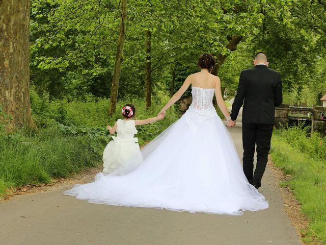 Le mariage de Benjamin et Charlène  à Dole, Jura 13