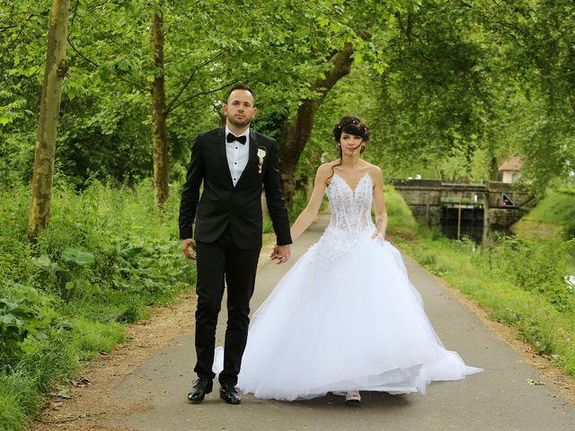 Le mariage de Benjamin et Charlène  à Dole, Jura 15