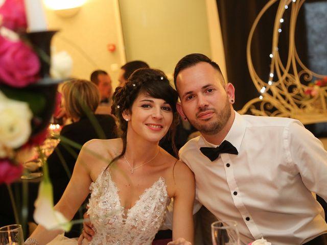Le mariage de Benjamin et Charlène  à Dole, Jura 48