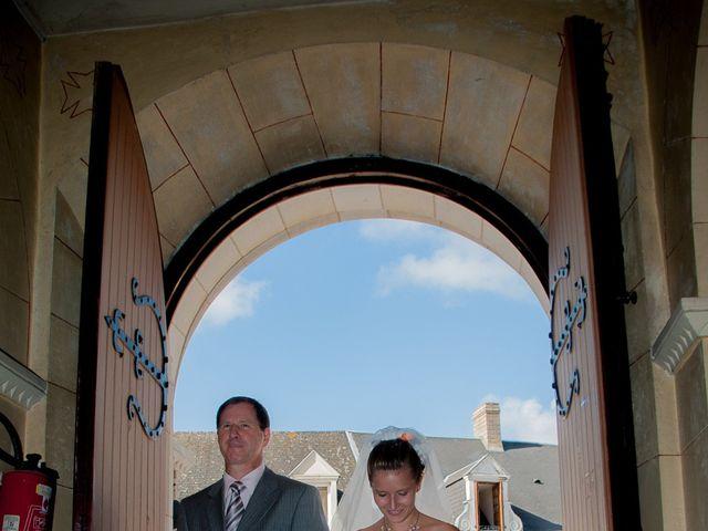 Le mariage de Ludovic et Charlène à Condé-sur-Sarthe, Orne 10
