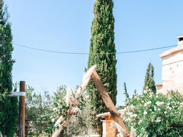 Le mariage de Thomas et Juliette à Rochefort-du-Gard, Gard 3