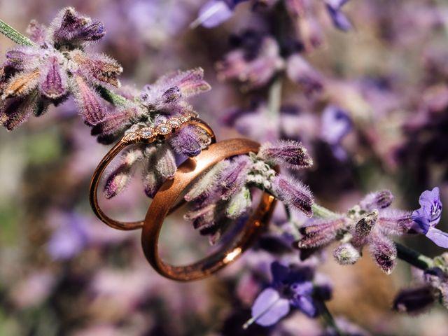 Le mariage de Thomas et Juliette à Rochefort-du-Gard, Gard 2