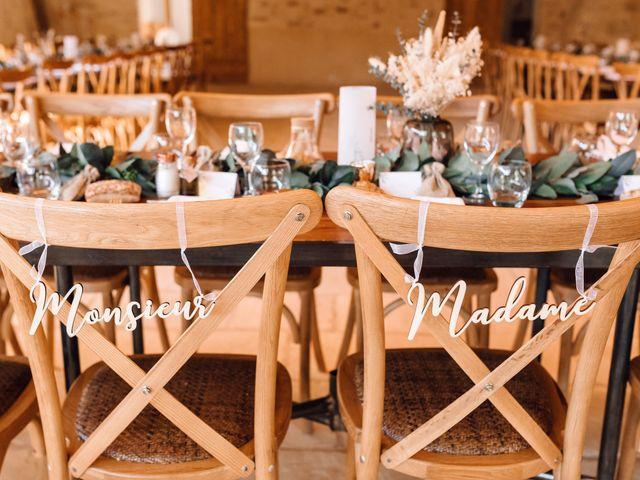 Le mariage de Thomas et Juliette à Rochefort-du-Gard, Gard 14