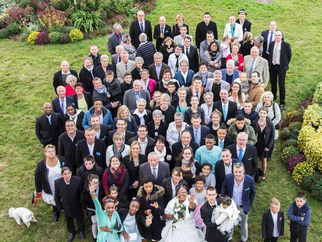 Le mariage de Mickaël et Shalima à Plaintel, Côtes d'Armor 8