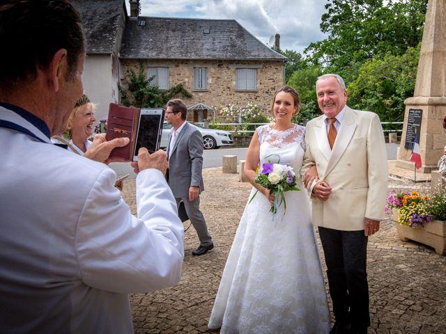 Le mariage de Loïc et Stéphanie à Saint-Salvadour, Corrèze 11