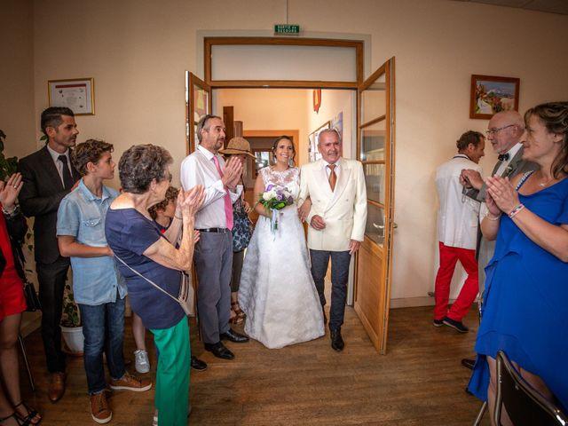 Le mariage de Loïc et Stéphanie à Saint-Salvadour, Corrèze 16
