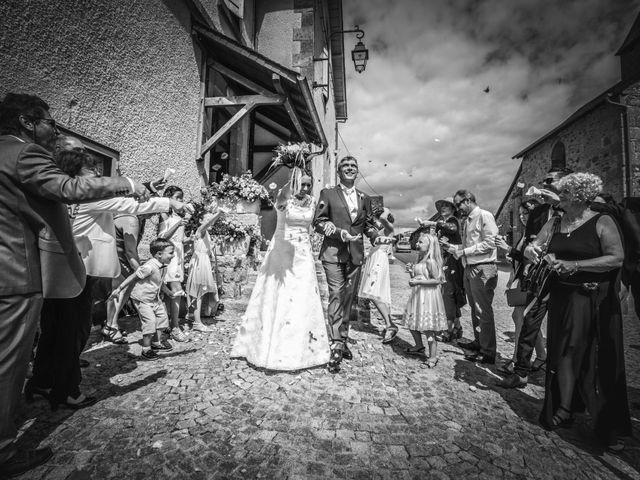 Le mariage de Loïc et Stéphanie à Saint-Salvadour, Corrèze 24