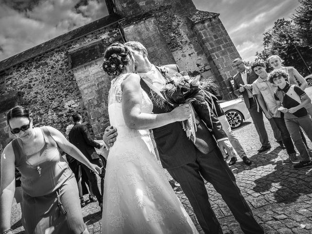 Le mariage de Loïc et Stéphanie à Saint-Salvadour, Corrèze 25