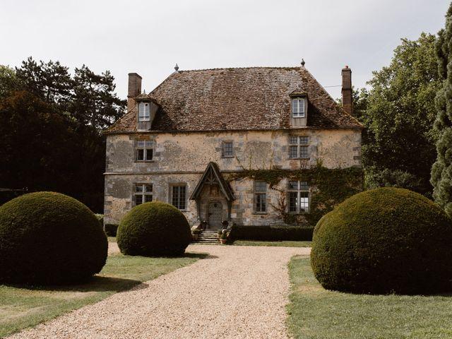 Le mariage de Florian et Odile à Nogent-le-Roi, Eure-et-Loir 3