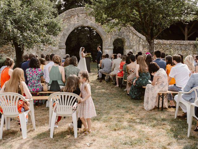 Le mariage de Florian et Odile à Nogent-le-Roi, Eure-et-Loir 29