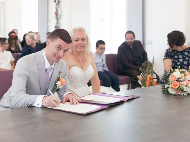 Le mariage de Loïc et Claire à La Chapelle-Gauthier, Seine-et-Marne 24