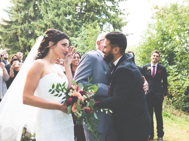 Le mariage de Gustavo et Marion à Lalouvesc, Ardèche 10