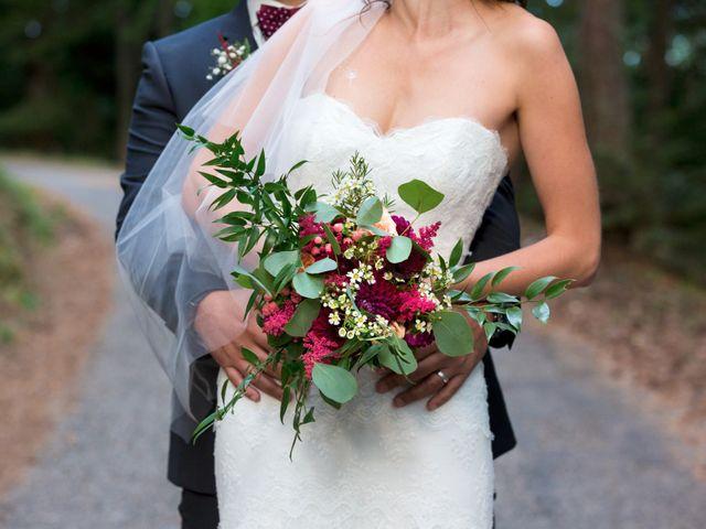 Le mariage de Gustavo et Marion à Lalouvesc, Ardèche 26