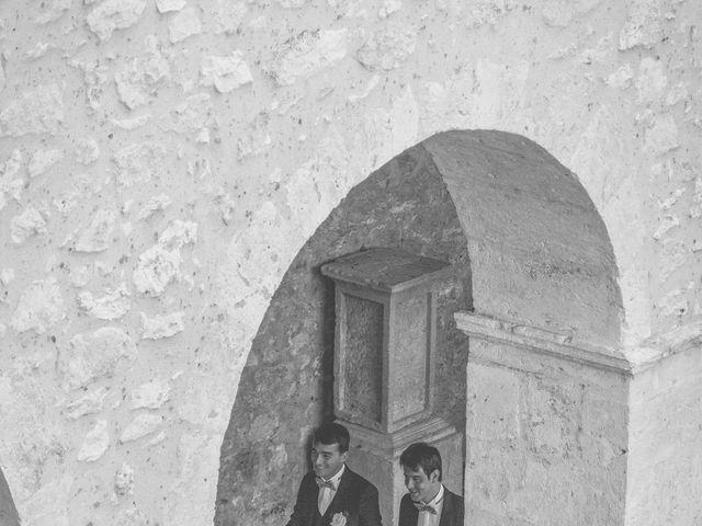Le mariage de Vincent et Gaëlle à La Romieu, Gers 32