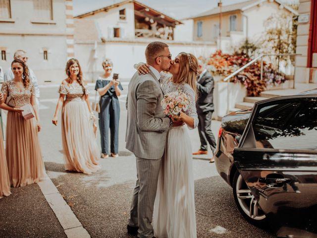 Le mariage de Victor et Pauline à Miribel, Ain 14