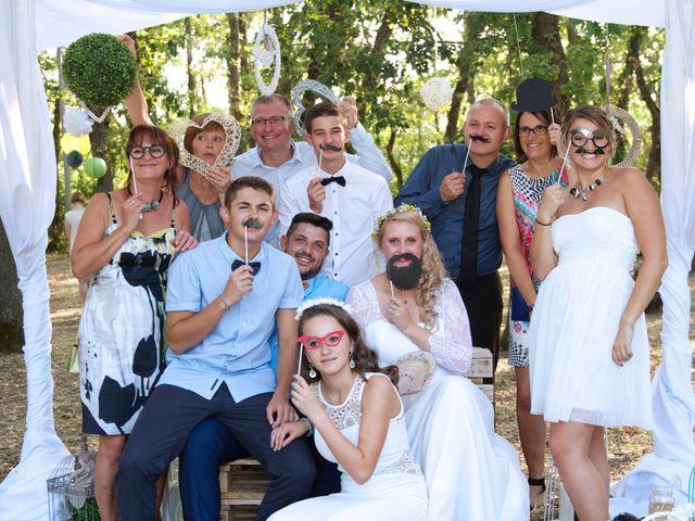 Le mariage de Vincent et Cloé à Dunes, Tarn-et-Garonne 12