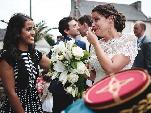 Le mariage de Xavier et Gwenaëlle à Camaret-sur-Mer, Finistère 56