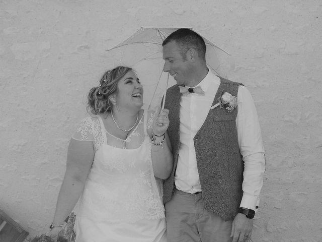 Le mariage de Eric et Clarisse à Segonzac, Charente 9
