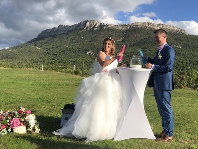 Le mariage de Thomas  et Amélie  à Pourrières, Var 4