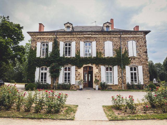Le mariage de Sylvain et Anaïs à Roiffieux, Ardèche 1