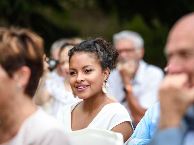 Le mariage de Sylvain et Anaïs à Roiffieux, Ardèche 22