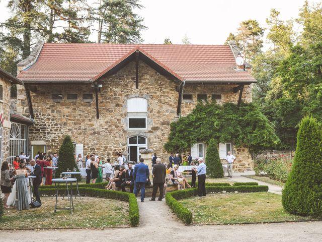 Le mariage de Sylvain et Anaïs à Roiffieux, Ardèche 44